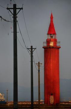 赤い灯台:瀬戸内海