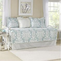 Rowland Daybed Quilt Set in Breeze by Laura Ashley