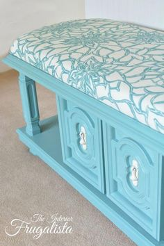 Coffee Table Turned Tufted Ottoman from 70 s coffee table to upholstered bench, chalk paint, painted furniture, reupholster Refurbished Furniture, Paint Furniture, Repurposed Furniture, Furniture Projects, Furniture Making, Furniture Makeover, Furniture Design, Vintage Furniture, Ottoman Furniture