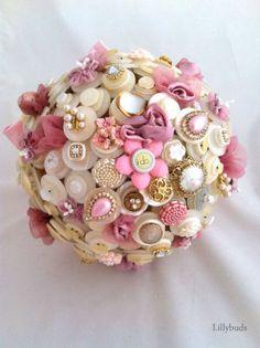 Lillybuds High Society Princess Button Bouquet.