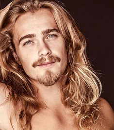 Pin by cliff hairstyles on long hairstyles мужские волосы, м Hair And Beard Styles, Long Hair Styles, Cool Hairstyles For Men, Hairstyle Ideas, Gorgeous Hairstyles, Latest Hairstyles, Short Hairstyles, Wedding Hairstyles, Hommes Sexy