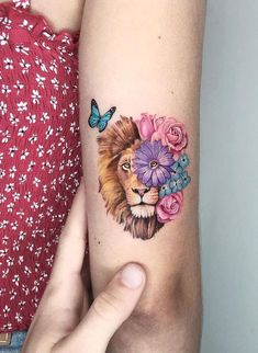 50 Eye-Catching Lion Tattoos That'll Make You Want To Get Inked- 50 Eye-Catching Lion Tattoos That'll Make You Want To Get Inked awesome lion tattoo ideas for women © tattoo artist ❤❤❤❤❤ - Leo Lion Tattoos, Red Tattoos, Pretty Tattoos, Mini Tattoos, Cute Tattoos, Beautiful Tattoos, Body Art Tattoos, Small Tattoos, Tatoos