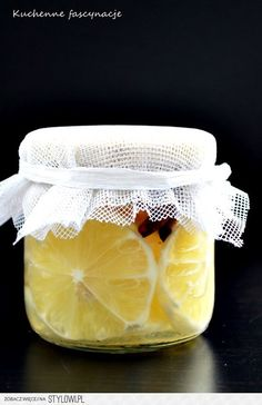 Korzenne cytryny w syropie do herbaty. Spicy lemons in syrup. Canning Recipes, Kitchen Recipes, Christmas Food Gifts, Simply Recipes, Polish Recipes, Fruit Recipes, Recipies, Creative Food, Diy Food