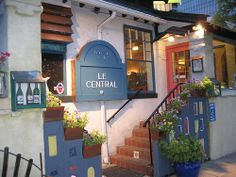 Affordable French food in Central #Denver at Le Central!! GREAT mussels and fries too!! #Colorado