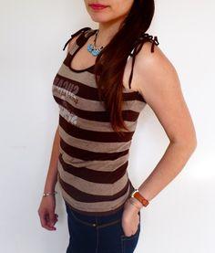 T-Shirt Esprit   ! Taille 36 / 8 / S  à seulement 29.00 €. Par ici : http://www.vinted.fr/mode-femmes/hauts-and-t-shirts-t-shirts/31302723-t-shirt-esprit.