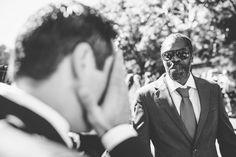 Un día con las emociones a flor de piel...  #lacabinaroja #fotografosbodaasturias #bodasasturias #weddingphotography #ferianovios2017