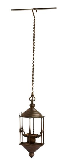 Oil lamps or #vilakkus, integral part in Hindu temples, domestic shrines, and homes were incorporated into the rituals of early Christian converts in #Kerala. This lamp dates from the #17thCentury,