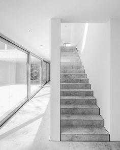 Staircase inside Hau
