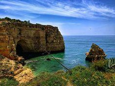 Beautiful place!   ______________________________________________________ #shotonxiaomi #xiaomimi5s #algarve #allgarve #carvoeiro