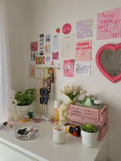 Pastel Room Decor, Indie Room Decor, Cute Room Decor, Aesthetic Room Decor, Pastel Bedroom, Indie Dorm Room, Indie Bedroom, Study Room Decor, Room Design Bedroom