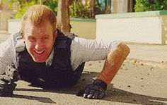 BEST FUCKING MOMENT. hawaii five 0 danny williams bamf!danno 5.10 one word: RELOAD