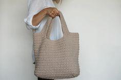 crochet linen summer tote! Adorable summer carry all. OZETTA on etsy