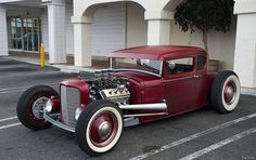 1931 Ford Model A 5-window lowboy coupe - chopped and channeled