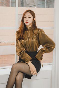 Asian Woman in brown shirt & black dress in black pantyhose Korean Girl Fashion, Asian Fashion, Sexy Outfits, Fashion Outfits, Womens Fashion, Pantyhose Outfits, Black Pantyhose, Girls In Mini Skirts, Beautiful Asian Women