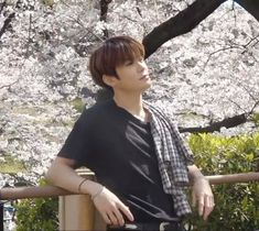 imagine seeing this dude checking you out, wyd? Winwin, Taeyong, Nct 127, Jung Yoon, Jung Jaehyun, Jaehyun Nct, Brown Aesthetic, K Idol, Bright Stars