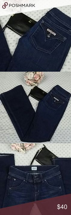 Hudson size 25 womens bootcut dark blue jeans Hudson size 25 womens signature bootcut dark blue jeans . Excellent condition. Amazing color. Very slimming and sexy. Hudson Jeans Jeans Boot Cut