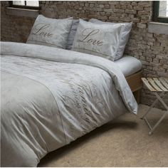 Bavlnene obliečky s napisom Love Family 2 Comforters, Blanket, Bed, Home, Creature Comforts, Quilts, Stream Bed, Ad Home, Blankets