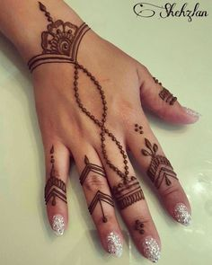 Beautiful henna design for any occasion! Beautiful henna design for any occasion! Cute Henna Designs, Henna Tattoo Designs Simple, Mehndi Designs For Beginners, Mehndi Designs For Fingers, New Mehndi Designs, Beautiful Henna Designs, Tattoo Simple, Finger Henna Designs, Easy Henna Hand Designs