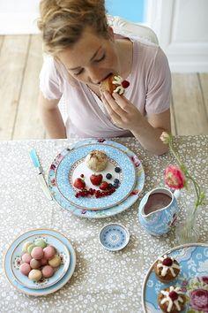 PIP Studio :: Porcelain Floral- tea time