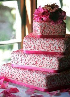 svatební dort poschoďový