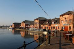 Barton Marina, Staffordshire's best canal side attraction