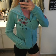 Great condition Roxy surf hoodie Super cute great condition hoodie by Roxy super cute and beachy look Roxy Sweaters