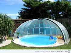 Google Image Result for http://homedesignlover.com/wp-content/uploads/2013/01/15-circular-pool.jpg