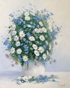 I love this bouquet... reminds me of the wild flowers I used to pick as a kid... Daisy, Chicory, Purple Clover & Queen Ann's Lace