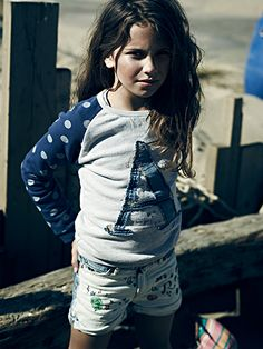 Our little adventurers have been on a mission in the big blue waters. Check out the new collection inspired by the tropical sea.   http://webstore-all.scotch-soda.com/girls/amsterdams-blauw