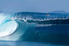 Surf Hawaii www.resorticahawaii.com