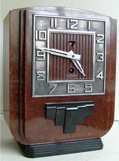 JAZ bakelite clock
