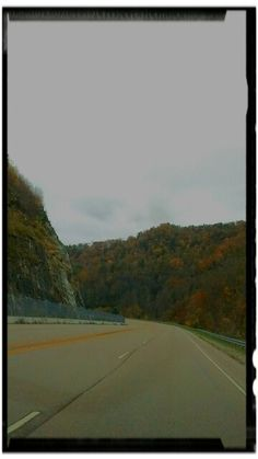 Drive up to Blowing Rock on 321 #blowingrock