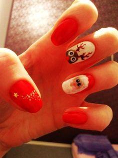 Cute Red Santa Christmas Nail Art - Cartoon Santa Christmas Nail Art #Christmas #Santa #Nails www.loveitsomuch.com