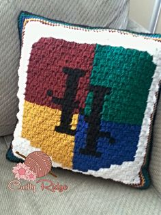 Harry Potter Pillow by Crafty Ridge. Free pattern