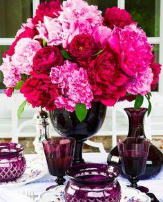 Read: Will You Drool Over These 14 Pink Flower Arrangements? #pink #flowerarrangements #weddings