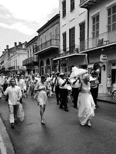 New Orleans wedding party