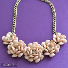 Peach flower necklace $18 + worldwide shipping #summer #spring #accessory #fashion #statement #jewelry