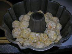 Cheesy Pull-A-Part Italian Bread - TSLC.jpg2