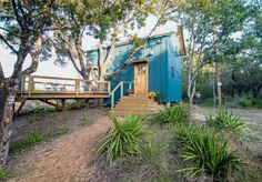 HoneyTree Farm: Sycamore Cabin, Live Oak Treehouse Cabin Bathrooms, Luxury Cabin, Huge Windows, Texas Hill Country, Glamping, Perfect Place, Fredericksburg Texas, Treehouse, House Styles