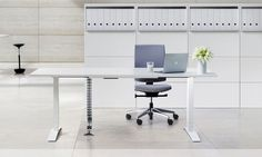 Was haben Büromöbel mit Ergonomie zu tun? Sehr viel! Bei uns erfahren Sie alles über die richtige Ergonomie im Büro. http://www.betz-designmoebel.ch/blog/news/ergonomie-am-arbeitsplatz