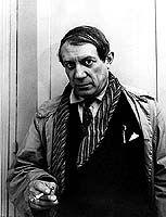CURIOSIDADES:  Tal día como hoy...  En 1925 Exposición surrealista en París, con obras de Max Ernst, Hans Arp, Man Ray, Joan Miró, Pablo Picasso y Giorgio de Chirico.  www.novafinques.com