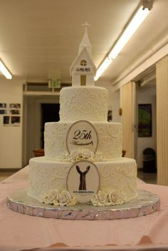 Cake Ideas For Church Anniversary : 1000+ images about Church on Pinterest Anniversaries ...