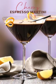 A tasty twist on the classic Espresso Martini using gin, coffee liqueur and coffee, with the addition of a dash of rich cherry syrup Winter Drinks, Holiday Drinks, Summer Drinks, New Year's Eve Cocktails, Classic Cocktails, Elegant Appetizers, Party Appetizers, Gin Cocktail Recipes, Drink Recipes