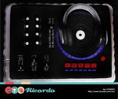 #MiercolesDeGaleria ¿Música? Festeja tu cumpleaños de una manera divertida y deliciosa con RICORDO #catalogoRICORDO #pastel #fondnat #fondantcake #music #lovemusic #musica #amorporlamusica #DJ