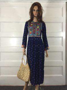 Vintage 1970s Hippie Embroidered Kaftan by GypsysClosetVintage