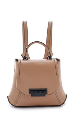 Eartha Envelope Backpack http://picvpic.com/women-bags-backpacks/eartha-envelope-backpack-28b1d701-b101-4a77-b396-6cb62aedfcf3#Camel?ref=PCFeTk