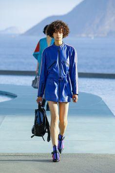 Louis Vuitton   Resort 2017 Collection   Vogue Runway