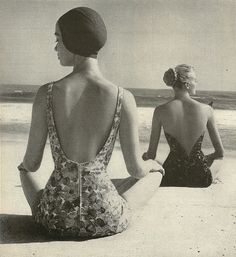 Models in swimsuits photographed by Herman Landshoff 1957