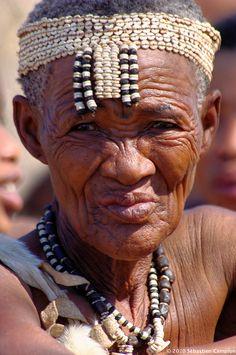 "Africa | ""Wisdom"".  Kalahari, Omaheke, Namibia | © Sébastien Campion"