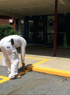Castle Painting back-to-school painting project at Warren T. Jackson Elementary. Read about our work with the school here: http://castlega.com/blog/back-to-school-painting/#castlecares